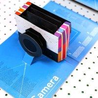 """""""This Book is a Camera"""". Il libro pop-up che diventa una fotocamera"""