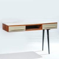 Writing table | Design Robot