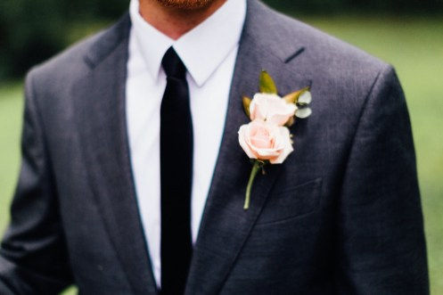 Groom's boutonniere by Illinois Florist