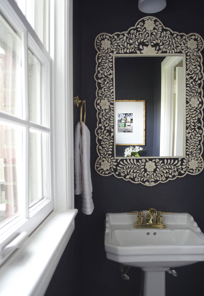 Black And White Feature Wall Wallpaper 15 Beautiful Black And White Rooms Design Sponge