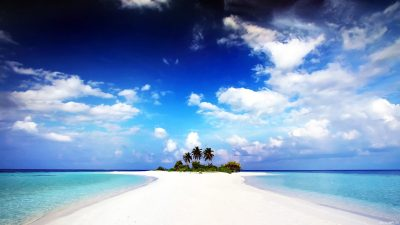 129 Beach Wallpaper Examples To Put On Your Desktop Background