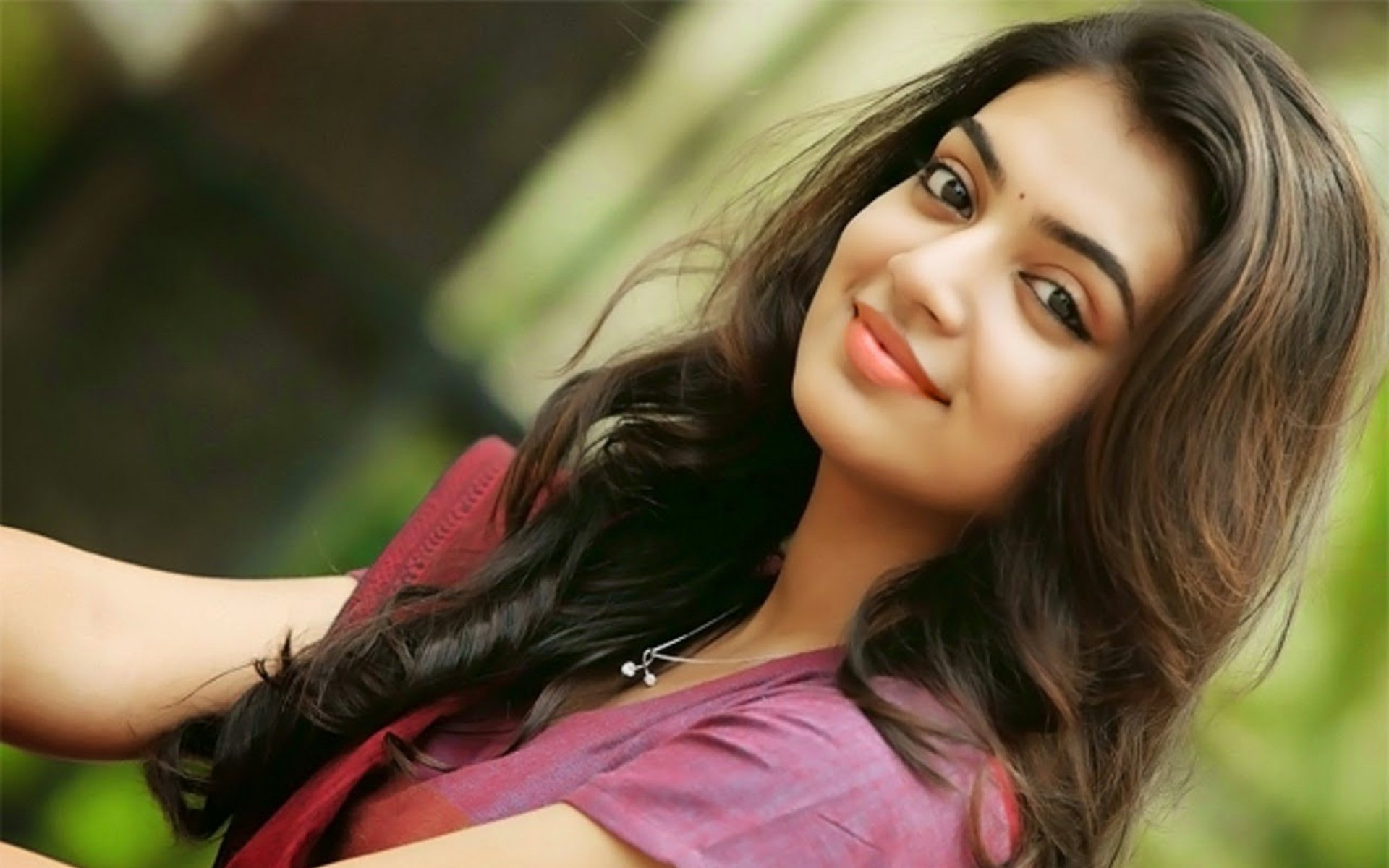 Wallpaper Images With Tamil Quotes Beautiful Indian Girl Looking Very Innocent Desi Kahaniyaan