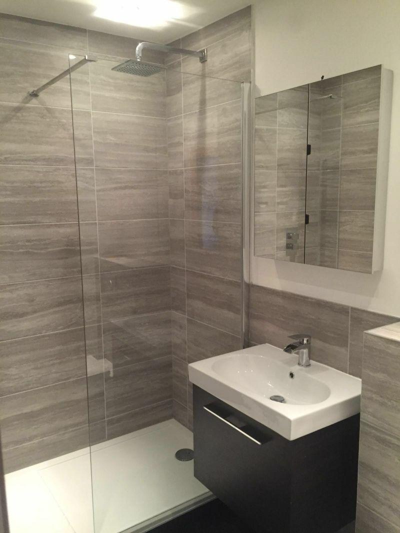 Large Of En Suite Bathroom