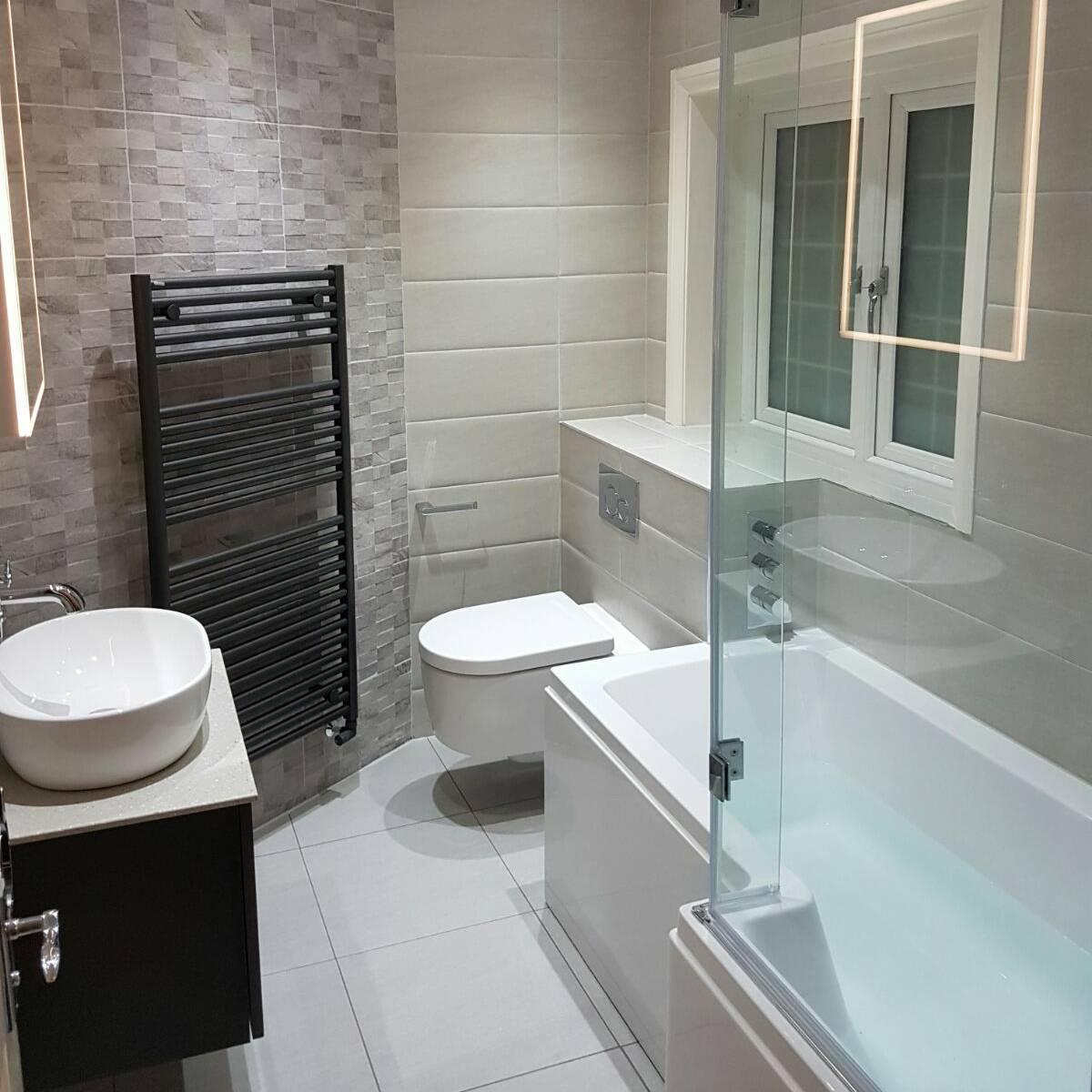 Main bathrooms 7 000