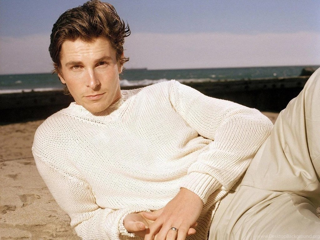 Maroon 5 Wallpaper Hd Christian Bale American Psycho Workout Wallpapers Free