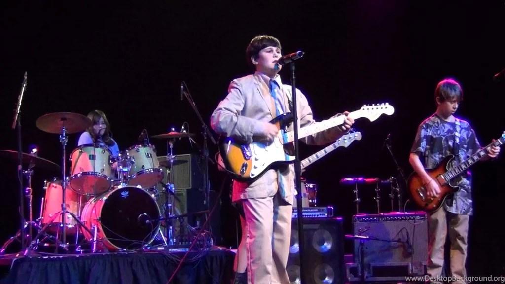 Seattle SOR Talking Heads Found A Job Stop Making Sense Show - found a job