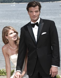 The Advantages Of Renting A Tuxedo