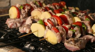 Plan Your Perfect Spring Barbeque