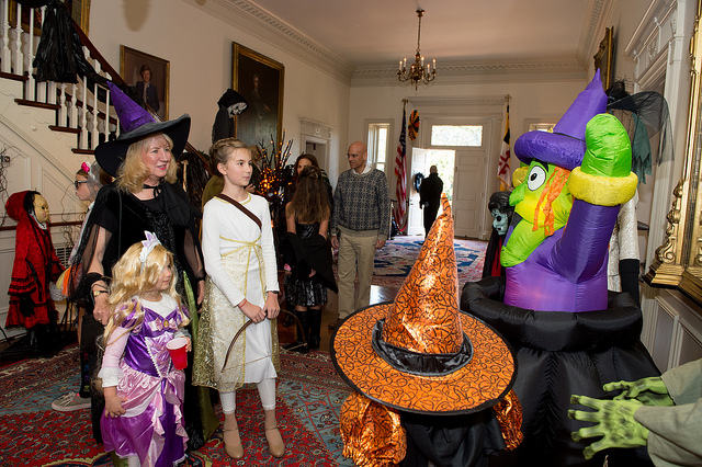 How to Throw an Epic Kids' Halloween Party
