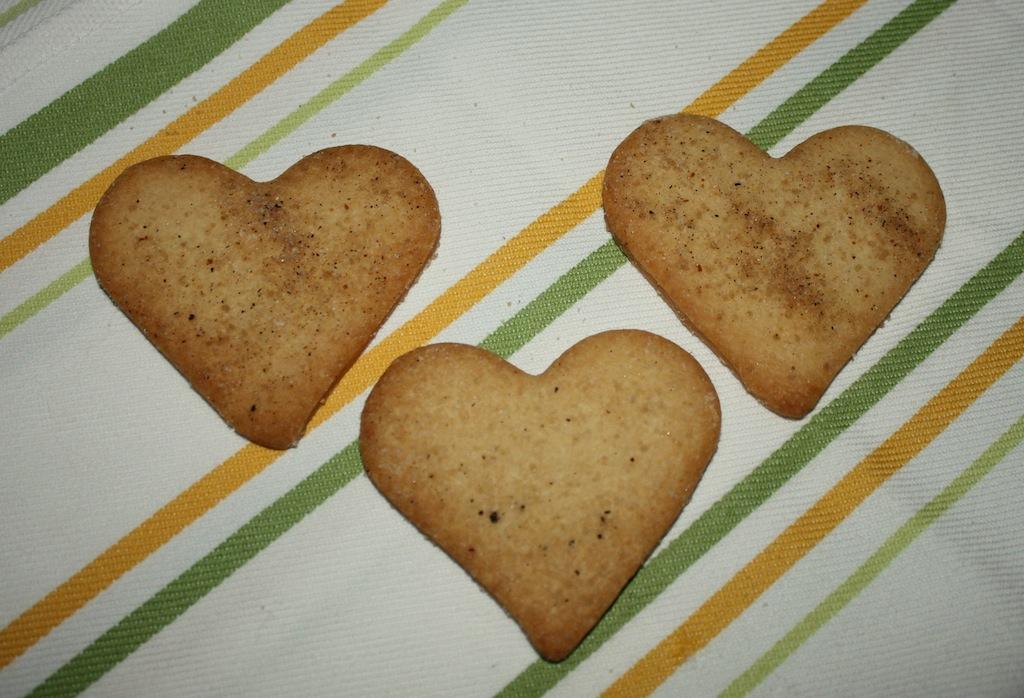 Vanilla Bean Sugar Cookies - Desserts Required