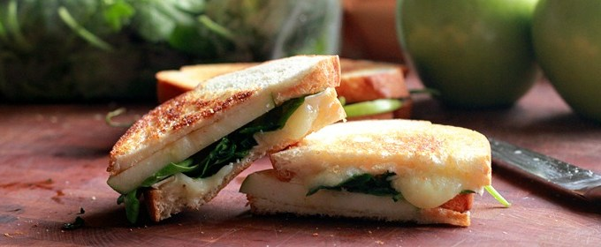 Camembert and Apple Croque: Meatless Recipes