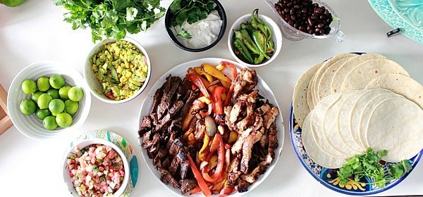 Simple Dinner: Mexican Fajita Bar