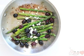 Pan Roasted Asparagus and Olives with Feta: Simple Side Dish