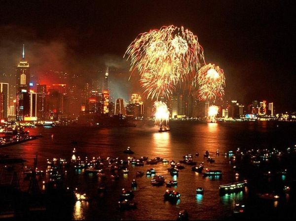 chinese new year fireworks hong kong Happy New Year 2012. 1024 x 768.Happy Chinese New Year Greetings In Cantonese