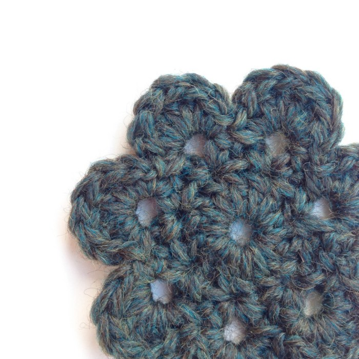 Free Crochet Flower Pattern