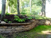 30 Glorious Retaining Wall Ideas - SloDive