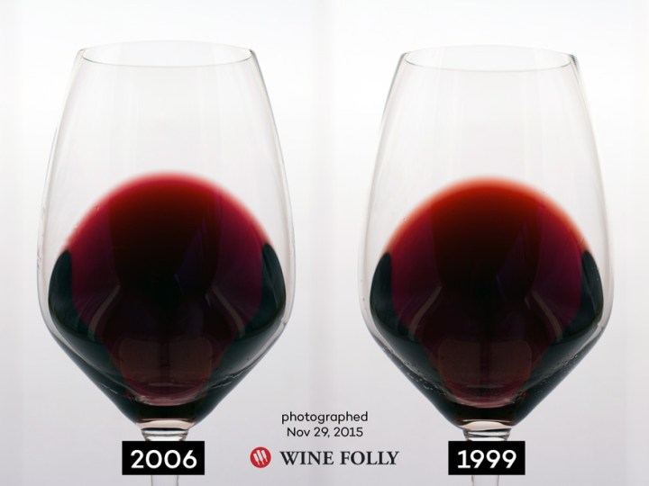color-of-red-wine-ages-Merlot-by-Wine-Folly