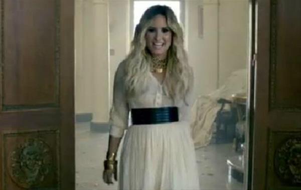 ... demi lovato caiu na rede dessa vez é o vídeo da música let it go