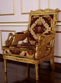 Royal Classic European Furniture - Hand Carved Solid Wood ...