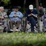china-elderly-parents