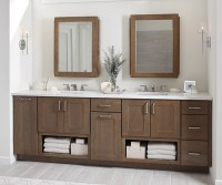 Shaker Style Bathroom Cabinets - Diamond Cabinetry