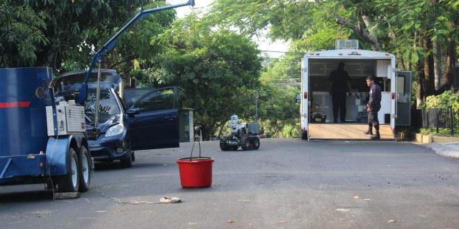 PNC inspecciona vehículo con presunto objeto explosivo