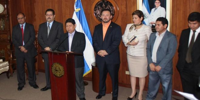 Benito Lara solicita reformas al Código Procesal Penal para la realización de audiencias