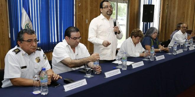 Personal docente y administrativo conoce sobre funcionamiento  del Instituto de Educación Superior