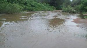 Rio que dá acesso ao sítio Mãe D água, Sousa.