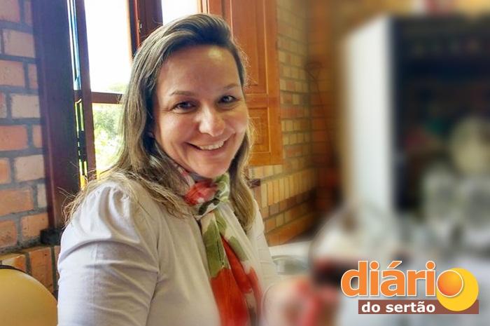 Adalgisa_enfermeira_samu Lágrimas e aplausos marcam velório da ex-secretária de saúde de Monteiro em Sousa.