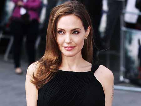 Angelina Jolie tiene novio nuevo y sería un británico