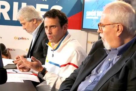 """Capriles afirmó que """"el gobierno es el que controla las importaciones y lo poco que se produce en el país""""."""