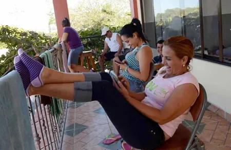 El viaje despertó entusiasmo entre los cubanos, pero también temor por la travesía que les espera, sobre todo cuando deban atravesar México.