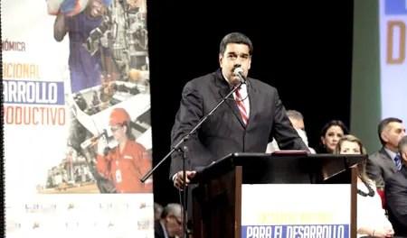 """El presidente Maduro abogó este martes por """"una nueva dinámica de diálogo de acción, diálogo creativo y productivo, de búsqueda de soluciones a los problemas, de atención y satisfacción de las necesidades del pueblo de Venezuela""""."""