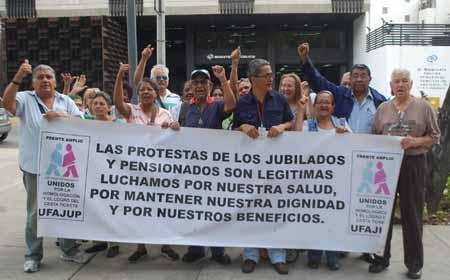 Jubilados y pensionados del país reclaman por sus derechos. Jubilados y pensionados del país reclaman por sus derechos