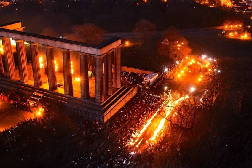 Fall Hills Wallpaper Beltane Fire Festival Calton Hill Mayqueen Greenman
