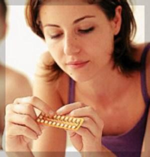 Interromper a pílula pode trazer muitos problemas, como o aumento da chance de engravidar.