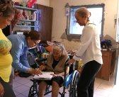 Nueva entrega de sillas de ruedas