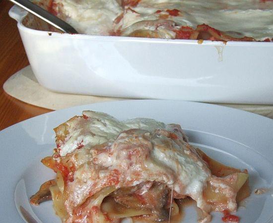 Lachslasagne mit Mozzarella und Pilzen
