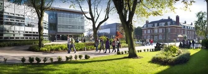 institution_full_359_Edge_Hill_University_the_campus20120906-2-1713hid