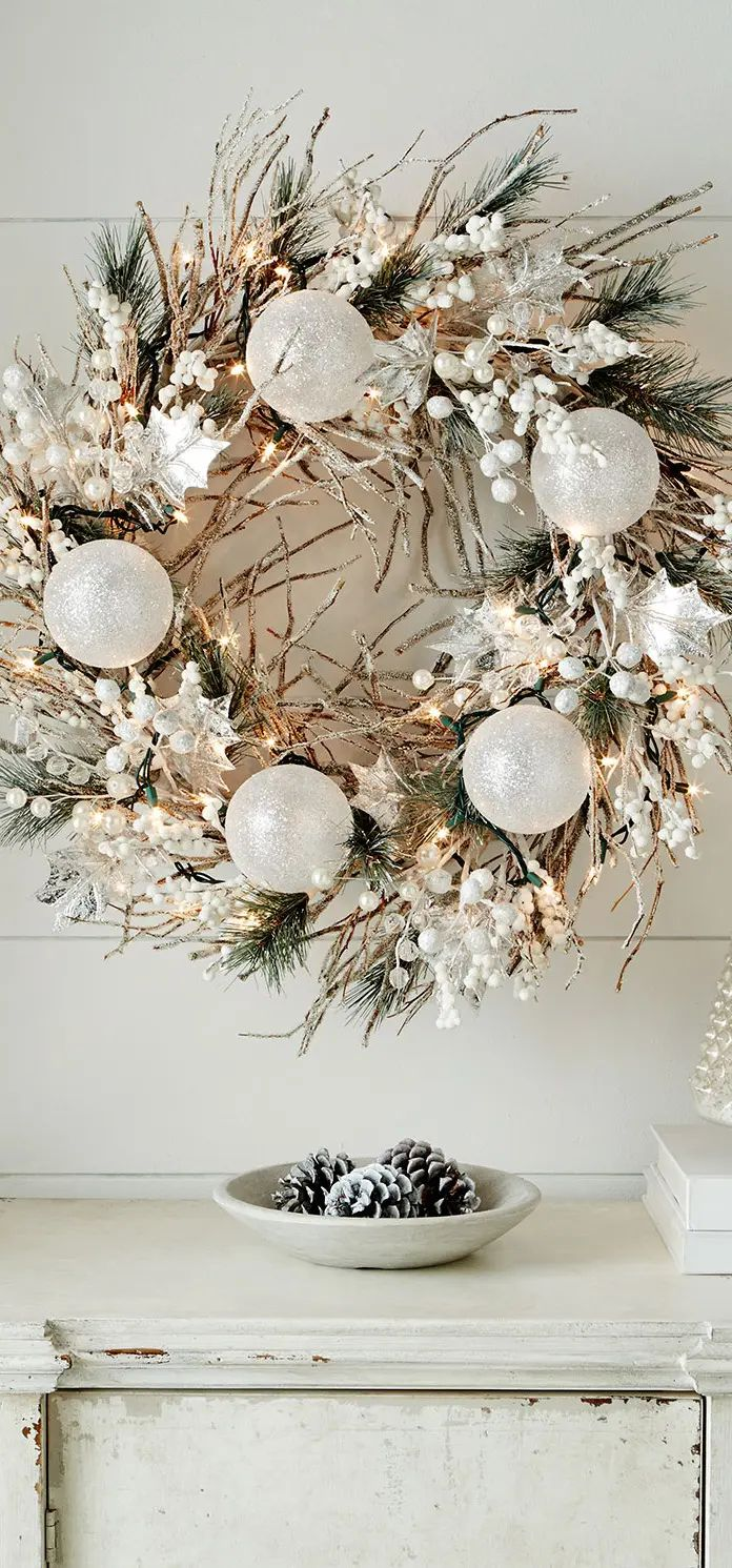 51 exquisite totally white vintage christmas ideas digsdigs - 51 Exquisite Totally White Vintage Christmas Ideas Digsdigs This White Christmas Wreath Is Perfect For Download