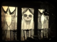 26 Creative Halloween Window Decor Ideas