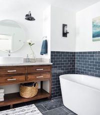 33 Chic Subway Tiles Ideas For Bathrooms - DigsDigs