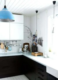 Hot Dcor Trend: 24 Tile Kitchen Countertops - DigsDigs
