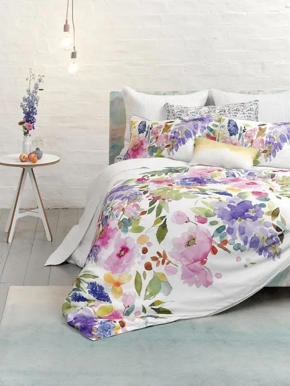 Wisteria Falls Wallpaper 31 Beautiful And Romantic Floral Bedding Sets Digsdigs
