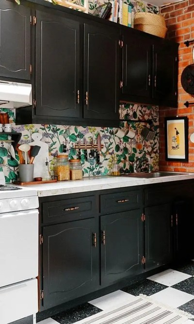 25 Wallpaper Kitchen Backsplashes With Pros And Cons - DigsDigs