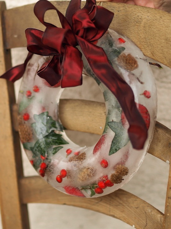 95 Amazing Outdoor Christmas Decorations - DigsDigs - christmas decorations for outside