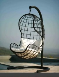 33 Awesome Outdoor Hanging Chairs - DigsDigs