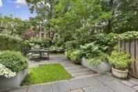 26 Beautiful Townhouse Courtyard Garden Designs - DigsDigs