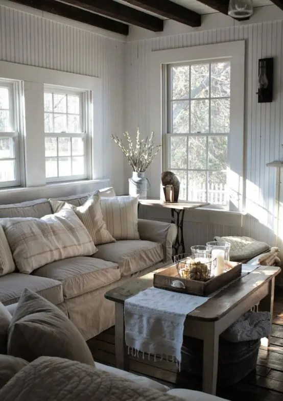 45 Comfy Farmhouse Living Room Designs To Steal - DigsDigs - farmhouse living room decor